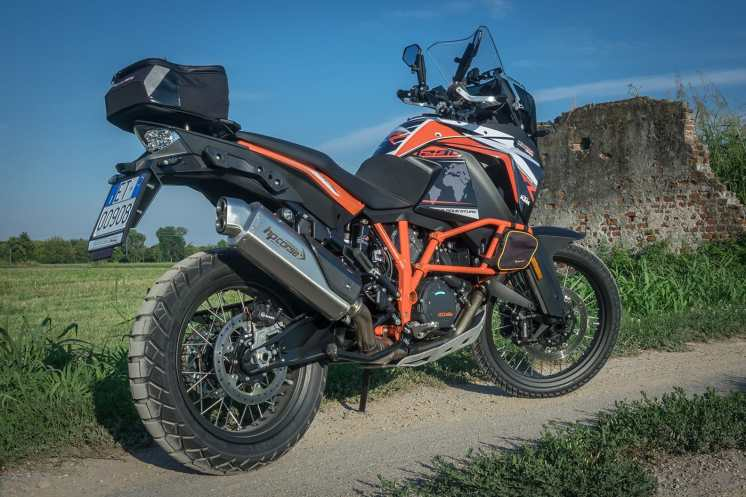 ktm-1290-super-adventure-r-preparata-da-roadbook