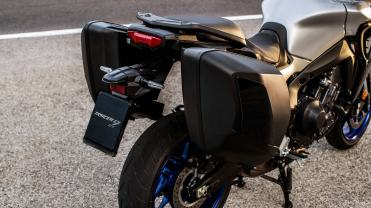 Yamaha Ttracer 9 GT 2021 particolare valigie laterali
