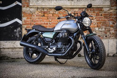 020-Moto-Guzzi-V7Stone-Centenario