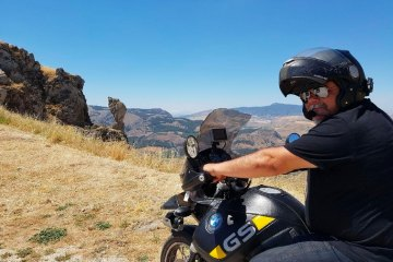 La Sicilia segreta in moto Francesco Corrado Perricone