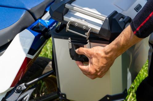 sw-motech-valigie-trax-adv-alluminio-apertura