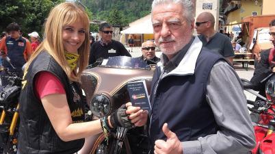 03-Agnello-Bikers-Republic-il-sindaco-Alberto-Anello-e-Monica-Cromilla