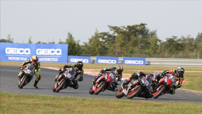 Kaleb De Keyrel (51), Max Toth (58), Anthony Mazziotto (516), Tommasco Marcon (70), and Cory Ventura (28) battled to the end of Twins Cup Race Two. Photo by Brian J. Nelson, courtesy MotoAmerica.