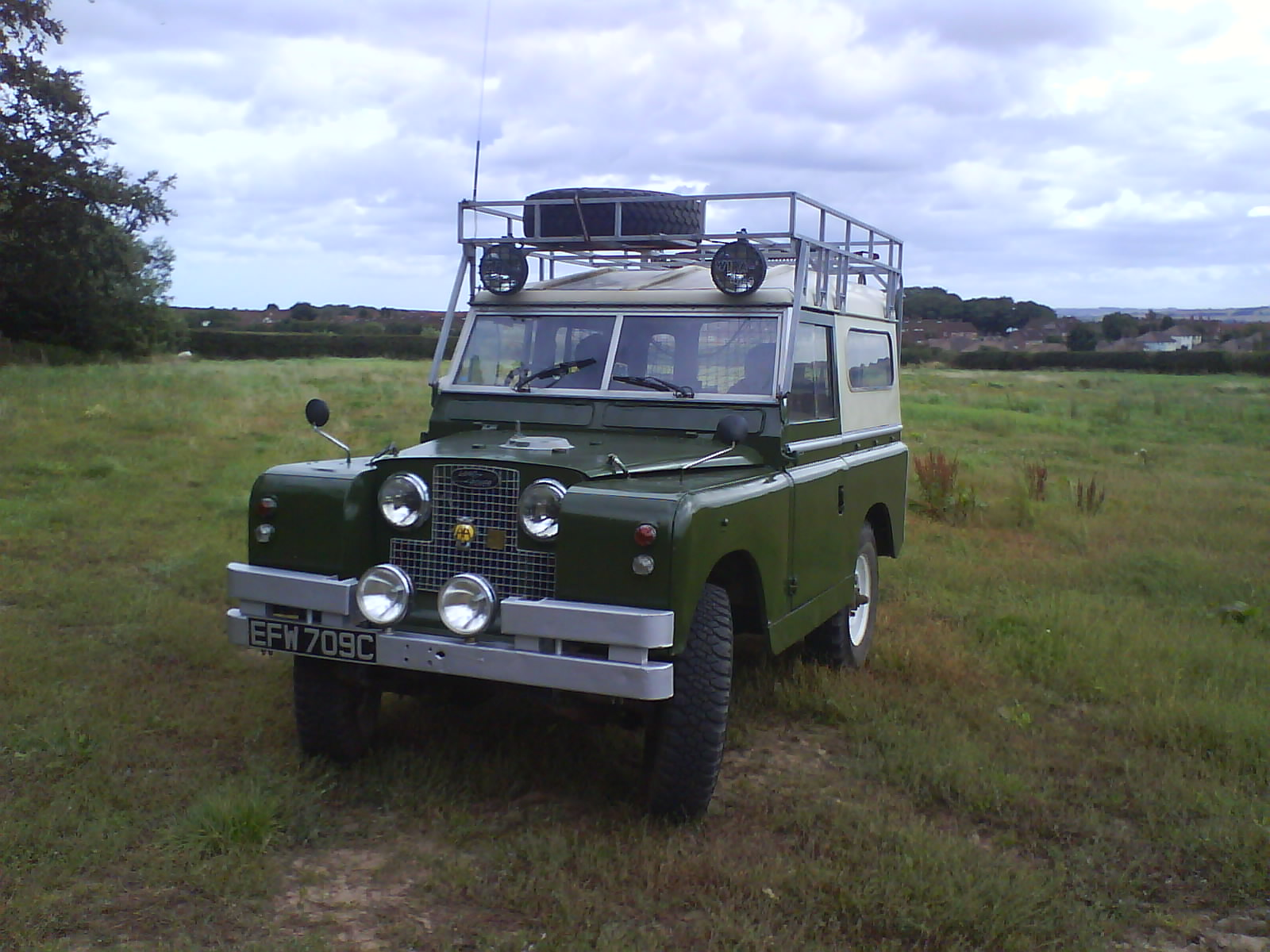 LAND ROVER SERIES II Review and photos