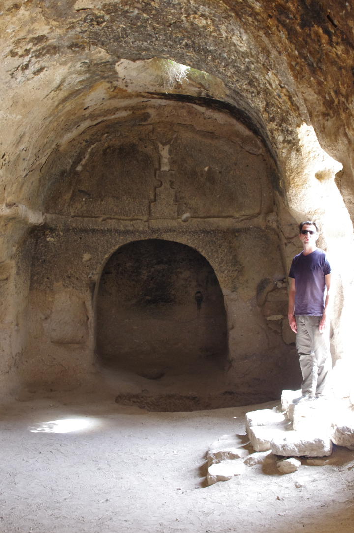 Soganly valley - church black best - karabas Kilise