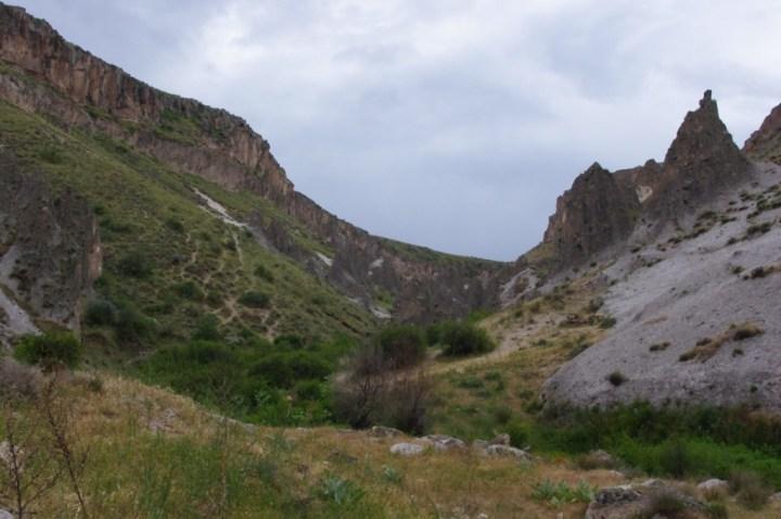 Soganly valley - holly sante Barrara - thahtali kilise - valley