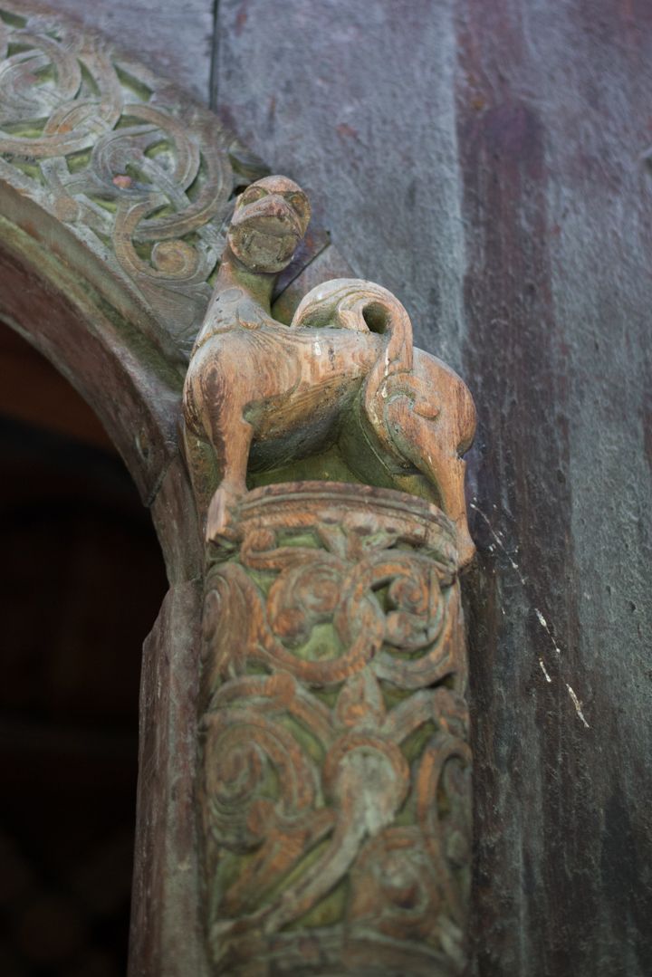 Borgund Stave Church - Norway - wood carving est door