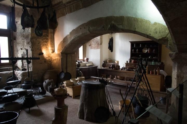 Vianden Castle - Luxembourg - the grant kitchen