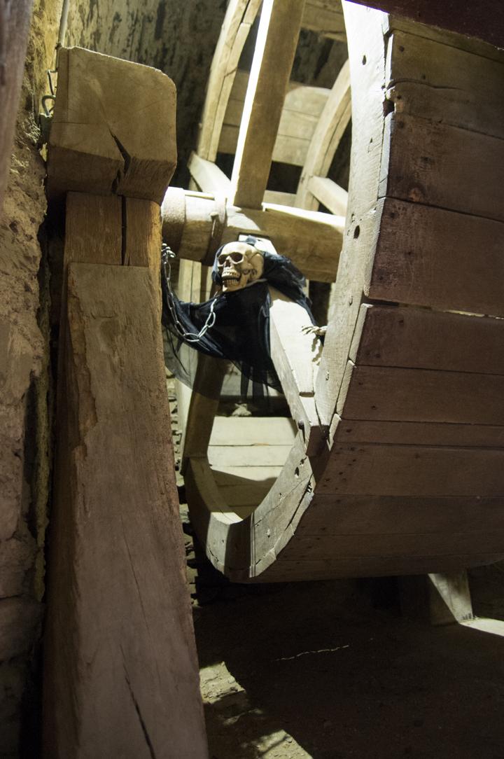 Bouillon Castle - Belgium - Godfrey of Bouillon - wooden wheel