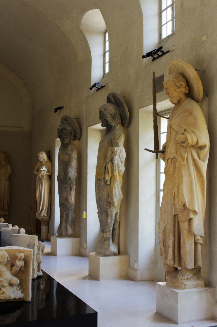 Former statues of the Reims cathedral put to safety in the Palace of Tau