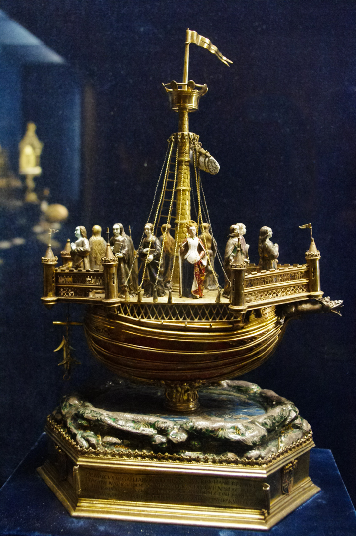Reims cathedral treasures - Reliquary held at the Palace of Tau - France