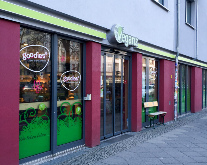 Outside Veganz grocery store - Schivelbeiner Straße or Vegan Avenue - Berlin.jpg
