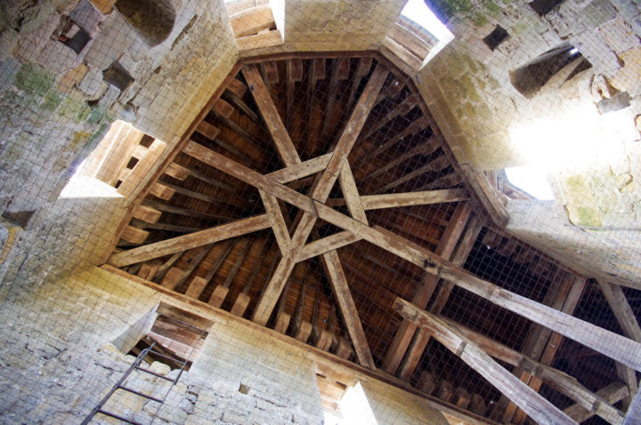 Roof of a tower - Castle of the Counts - Carcassonne - learn more on roadtripsaroundtheworld.com