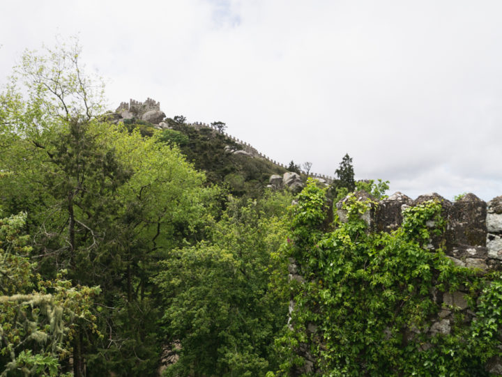 View from the Keep of the Moors Castle, Sintra - Portugal - Learn more on roadtripsaroundtheworld.com