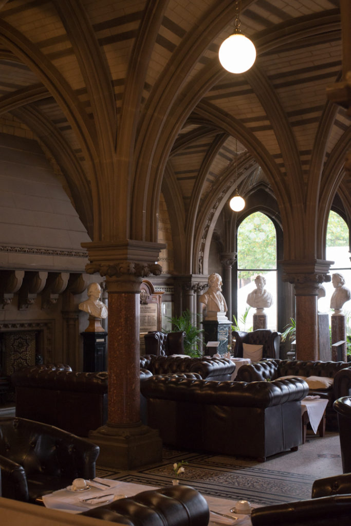 the-cafe-of-the-town-hall-in-manchester-learn-more-on-www-roadtripsaroundtheworld-com