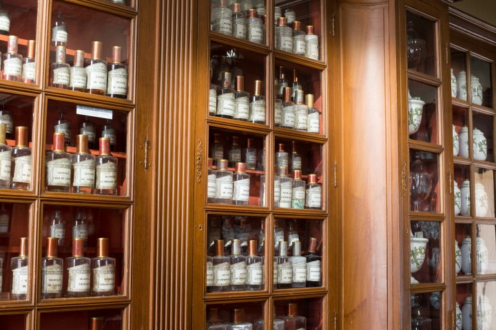 Visit of the Hospices of Beaune - ointments in the dispensary - www.RoadTripsaroundtheWorld.com