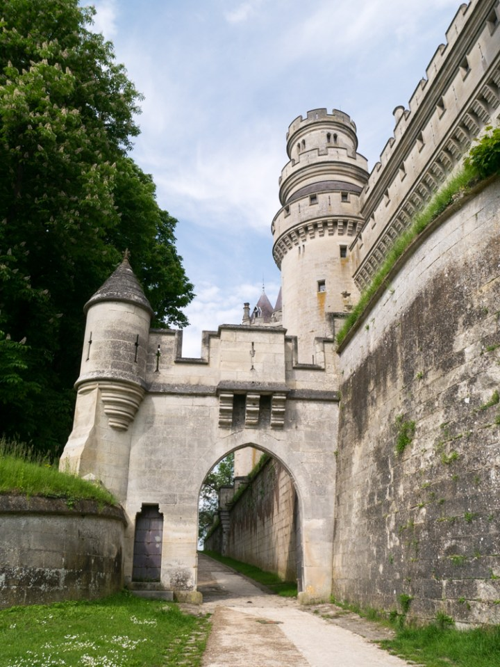 Arriving at the Chateau de Pierrefonds, France - www.RoadTripsaroundtheWorld.com