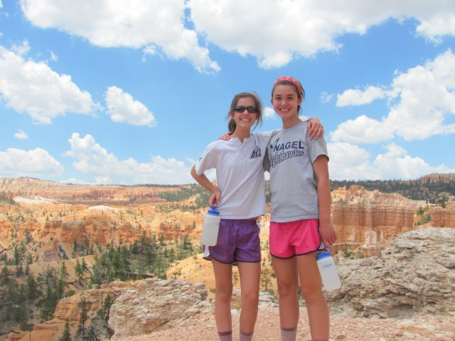 Fairyland Loop Trail in Bryce Canyon National Park