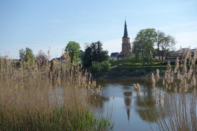 Walk along the dyke of the Schelde