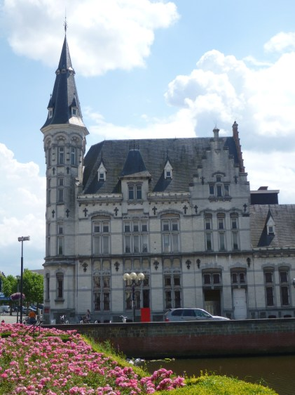 The post office in the Belgian town, Lokeren, where I last lived