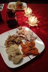 A lovely dinner of mashed potatoes (the Belgian way), miso-glazed carrots, roasted turkey and heaps of healthy stuffing