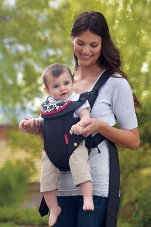 mother wearing infantino swift classic baby carrier