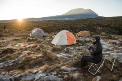 sunrise_with_frost_shiraicamp_kilimanjaro