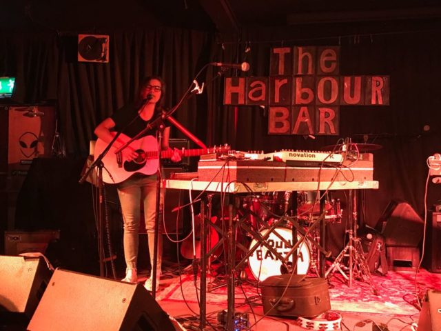 Roberta Finocchiaro al THE HARBOUR BAR