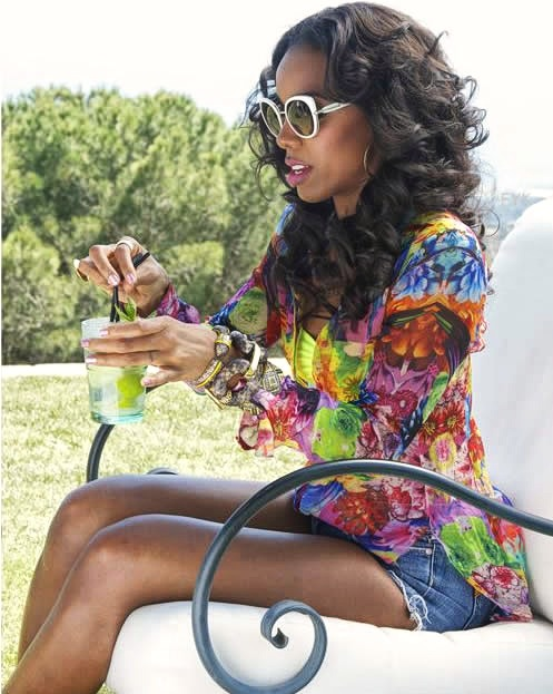 Kelly Rowland in Roberto Cavalli her latest video Summer Dreaming