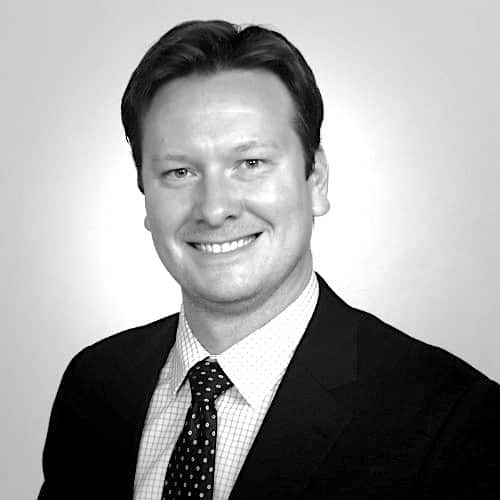 Bryan Caulkins éInternational Financial Advisory