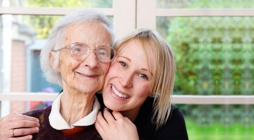 Il rapporto dell'anziano con le persone che si curano di lui