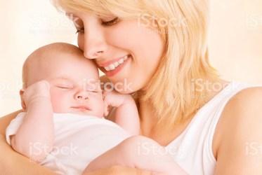 Le origini della sicurezza e della fiducia di base: la madre che presentifica il bambino