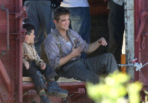 jacob-and-walter-first-day-on-set