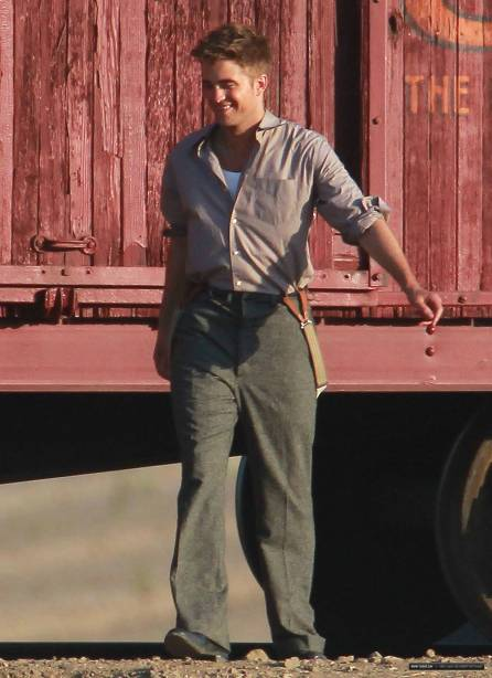 rob-on-set-21