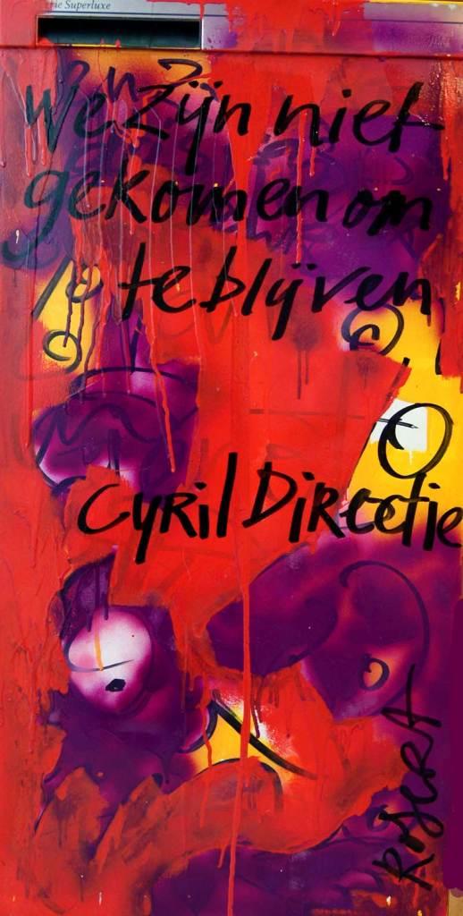 Cyril Directie, bekende nederlander, harde uitspraak, ingelijste, koelkast, deur