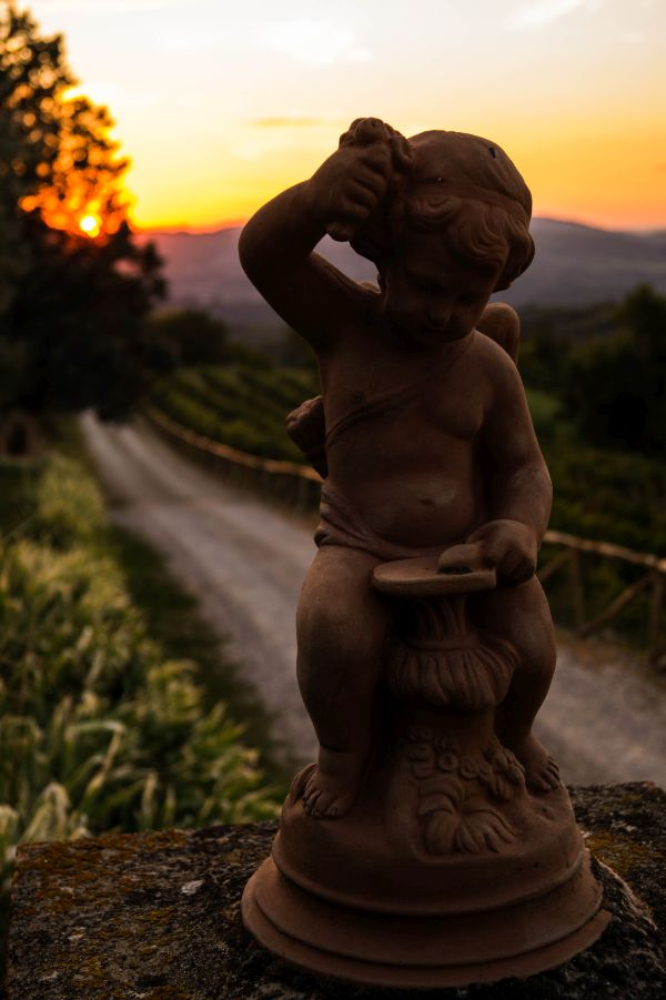 San donato in Fronzano, Podere i Sorbi entree bij zonsondergang