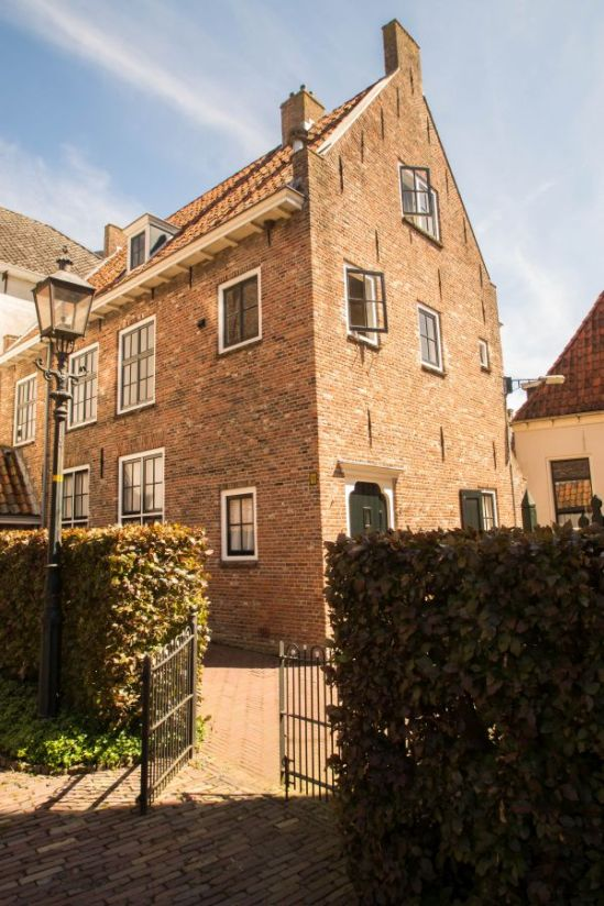 Blokzijl historisch gebouw