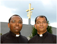 Fr. Tom Puthusseril, M.S. (left) and Fr. Cyriac Mattathilanickal,, M.S. [La Salette Photo]