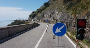 "Maratea, riaperta a senso unico alternato la Strada Statale 18 ""Tirrena Inferiore"" in località Castrocucco"