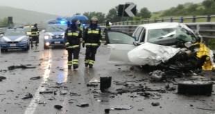 """Un morto e 2 feriti in un incidente stradale sulla """"Melfi-Potenza"""""""