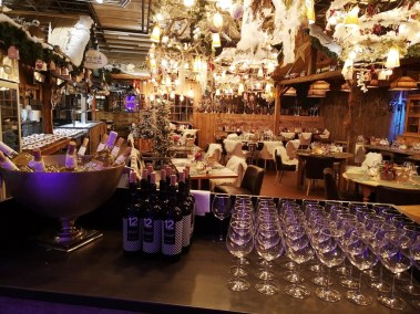Event Venue - Christmas and End Year Dinner Parties 2019 - Come à la Maison - Robin du Lac Concept Store - Luxembourg (75)