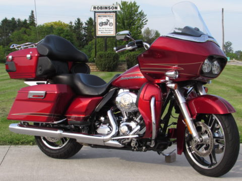 2012 Harley-Davidson Road Glide ULTRA FLTRU  103 - Mint Like Out of the Crate - New Style Wheels