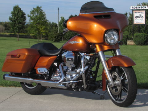2014 Harley-Davidson Street Glide Special FLHXS   Zero Down $44 week - Full Nav - Local -Amber Whiskey - Stage 1