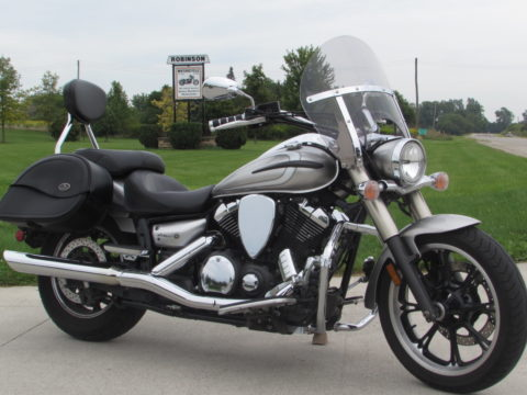 2012 Yamaha V-Star 950 Tourer  - $3,000 in Options - Low $24 Week