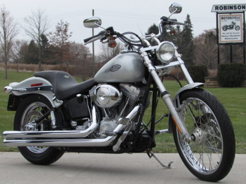 2004 Harley-Davidson Softail FXST   - Local 25,200 KM - ONLY $26 Week - Vance and Hines Duals