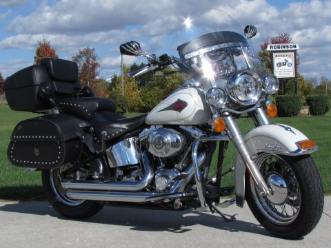 2000 Harley-Davidson Heritage Softail Classic FLSTC   - ONLY $25 Week - LED's - Mustang seat