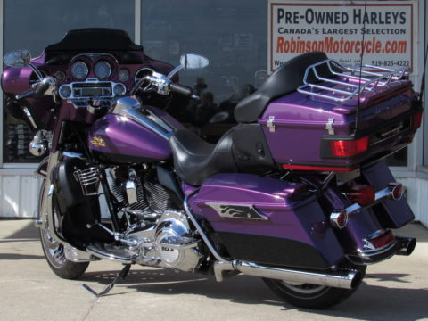 2011 Harley-Davidson Ultra Limited FLHTK   103 - NEW PRICE - $11,000 in Customizing - LOW Mileage - $44 Week