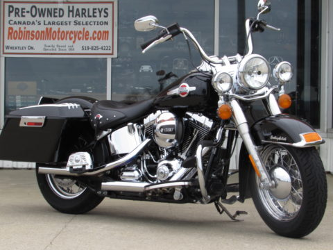 2016 Harley-Davidson Heritage Softail Classic FLSTC   - Low 25,000 KM - Stage 1 Exhaust - ABS, Security