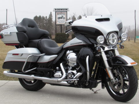 2015 Harley-Davidson Ultra Limited FLHTK   103 - ABS Braking, Navigation - Cobra Exhaust