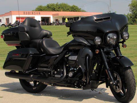 2020 Harley-Davidson Ultra Limited FLHTK   - ONLY 575 KM's - Big 114 Motor, Low $64 Week